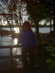 Nyte lange og lyse vårkvelder. Gå tur og glede meg over at vi har solen i alle fall til i midten av juni.